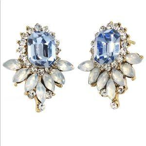 Elegant blue crystal golden earrings